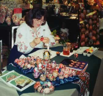 Joan Brander demonstrates pysanky